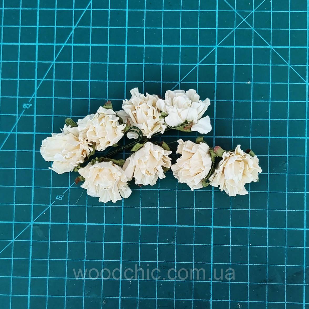Цветы бумажные розы 04