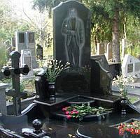 Комплекс монумент на кладбище