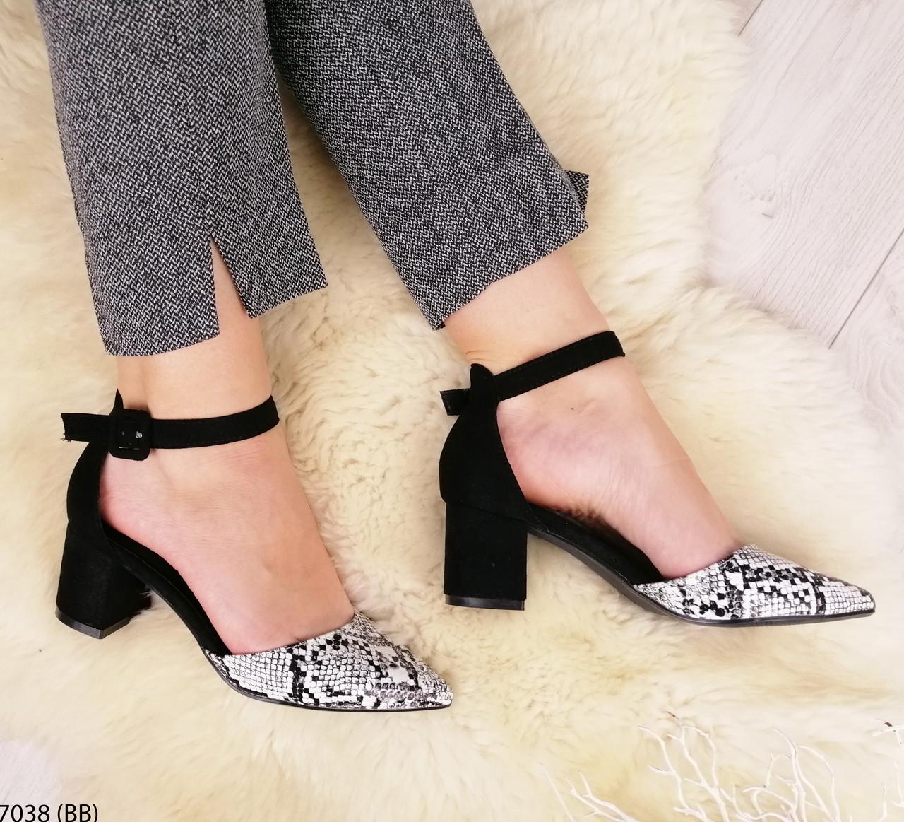 Красивые  женские туфли на среднем каблуке