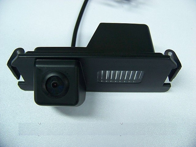 Камера заднего вида. Штатная камера заднего вида KIA SOUL CCD