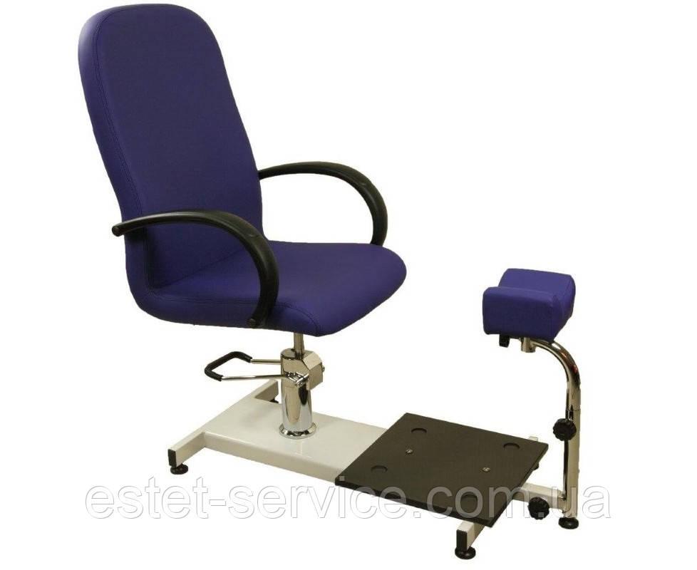 Кресло с подставкой в салон ZD-900