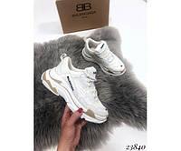 Женская спортивная обувь, кроссовки женские  Balenciaga triple S