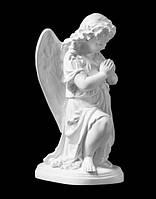 """Ангелочек на памятник """"В молитве"""" из искусственного мрамора - 25 см"""