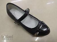 Туфли черные с ремешком и блестящим каблучком   LL-5103-1