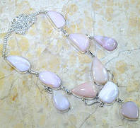 Крупное серебряное ожерелье с розовым опалом