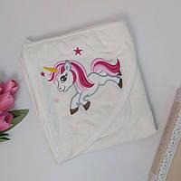 Махровое полотенце-уголок с рукавичкой для девочки