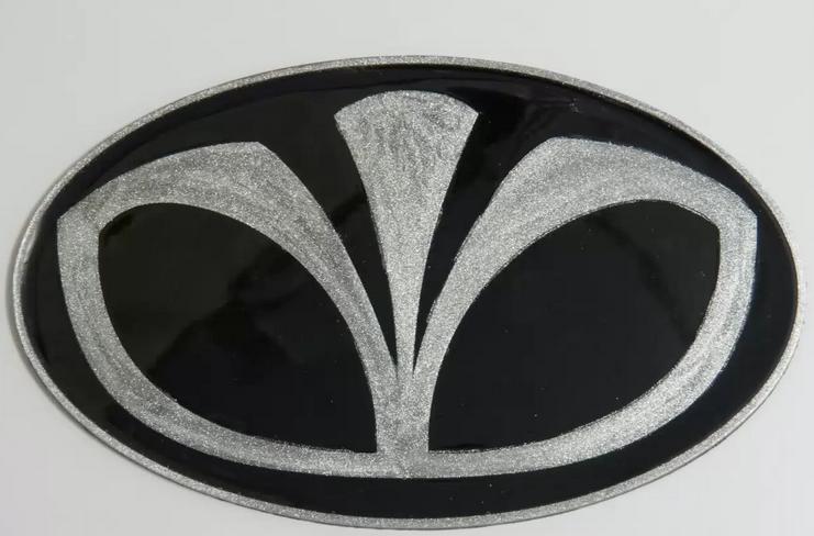 Антискользящий силиконовый коврик на торпедо с логотипом Daewoo