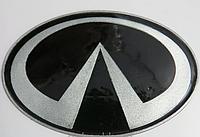 Антискользящий силиконовый коврик на торпедо с логотипом Infiniti