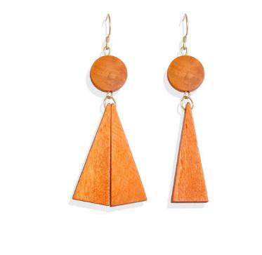 Разные модные деревянные серьги  -  Треугольник