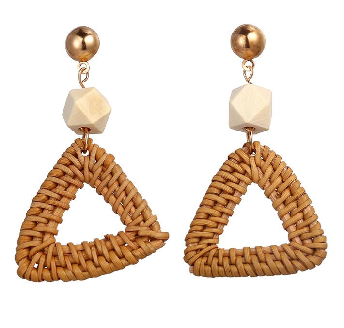 Модные серьги плетеные из ротанга - Треугольник