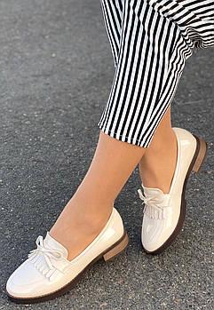 Туфли женские 8 пар в ящике бежевого цвета 36-41