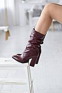 Элегантные марсаловые сапожки на каблуке, фото 2