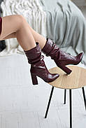 Элегантные марсаловые сапожки на каблуке, фото 5