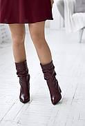Элегантные марсаловые сапожки на каблуке, фото 6