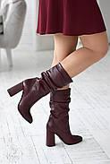 Элегантные марсаловые сапожки на каблуке, фото 10