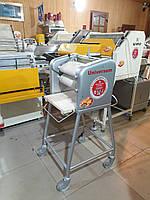 Закаточная машина Universum для пекарни и кондитерки