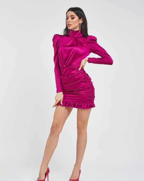 Фиолетовое атласное платье с воротником-стойкой и драпировкой с рюшами по нижнему краю M