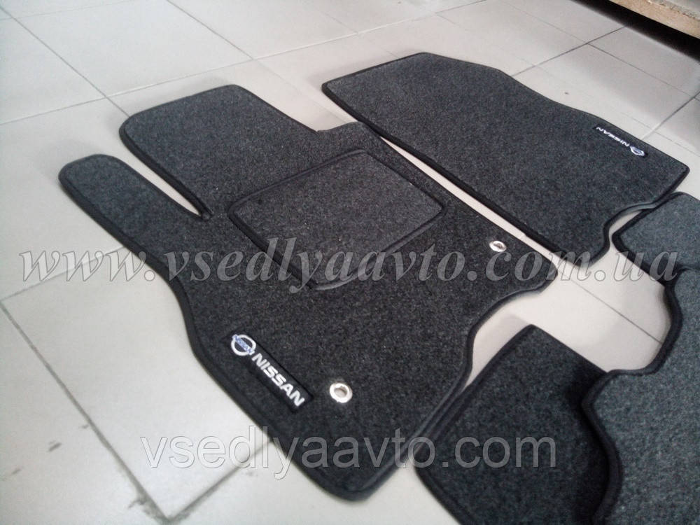 Ворсовые коврики передние Nissan Leaf