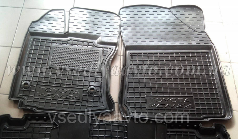 Передние коврики Тойота Venza с 2013 г. (AVTO-GUMM)