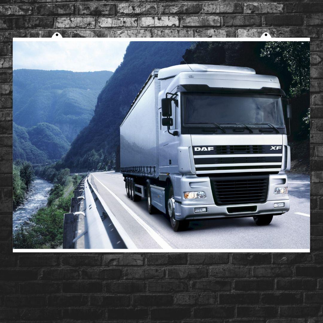 """Постер """"Трак Daf Truck Berserker на трассе у реки"""". Размер 60x43см (A2). Глянцевая бумага"""