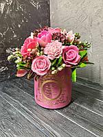 Букет из серии премиум с Розами, Магнолиями и Тюльпанами