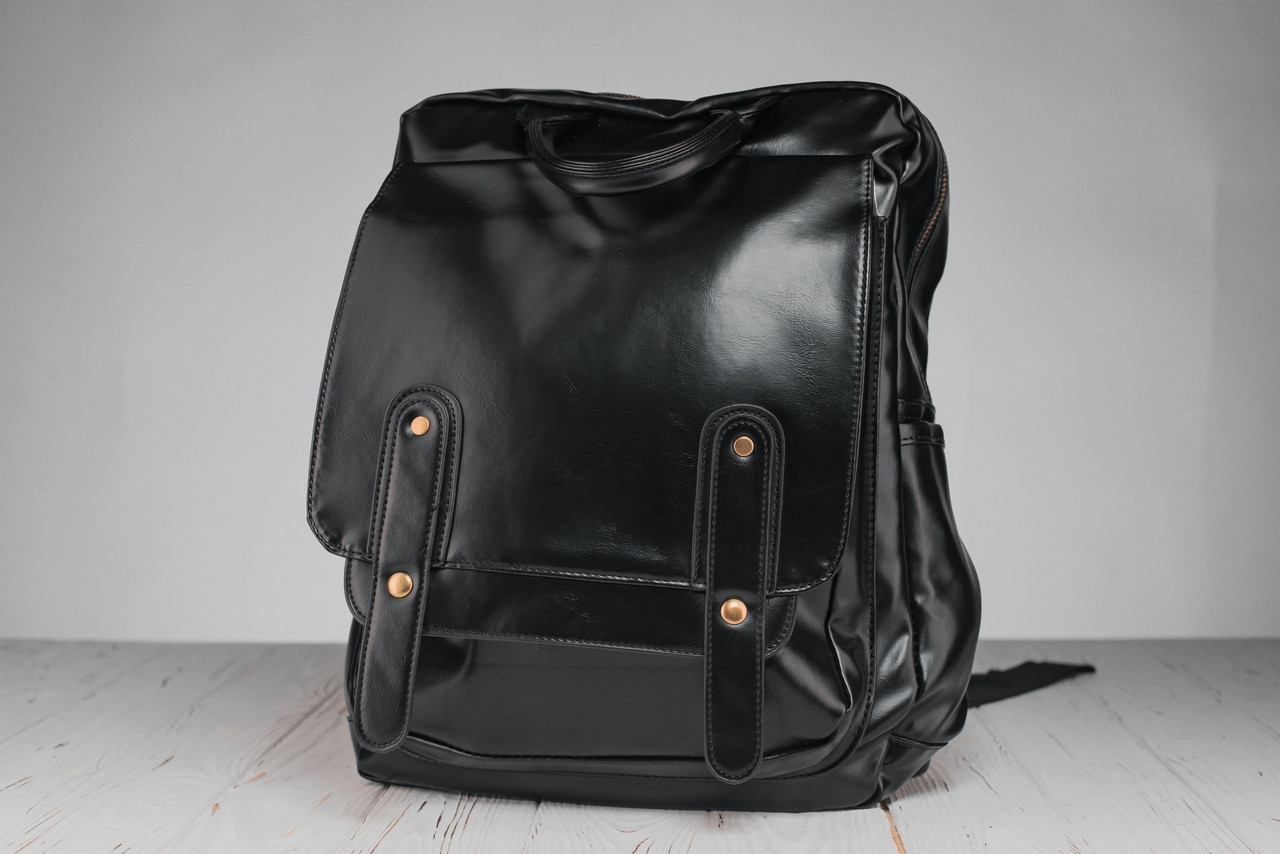 Кожаный мужской рюкзак,черный