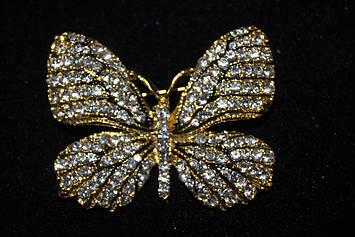 Модна брошка з каменями у вигляді метелика золотиста
