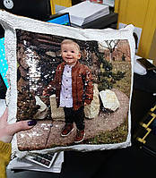 Друк фотографії на подушці з пайеткой