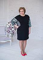 Платьечерного цвета с серебристыми пайетками по бокам