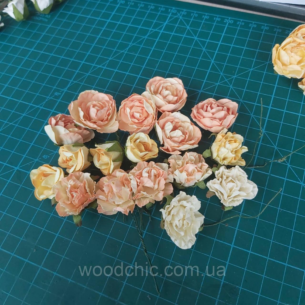 Цветы бумажные 20