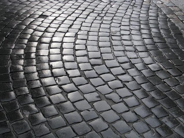 Брусчатка, тротуарная плиточка, камень для укладки садовых дорожек