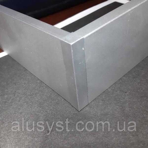 Заглушка/уголок для алюминиевого плинтуса 60мм
