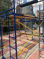 Рамные строительные леса облегченные фасадные 2 х 9 (м)