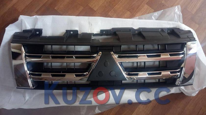 Решетка радиатора Mitsubishi Pajero 4 '12-14 хром-черная (FPS), фото 2