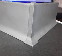 Уголок внешний для алюминиевого плинтуса накладного 40-60-80мм