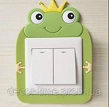 Детская наклейка на стену  (включатель, выключатель, розетку) Лягушка К12