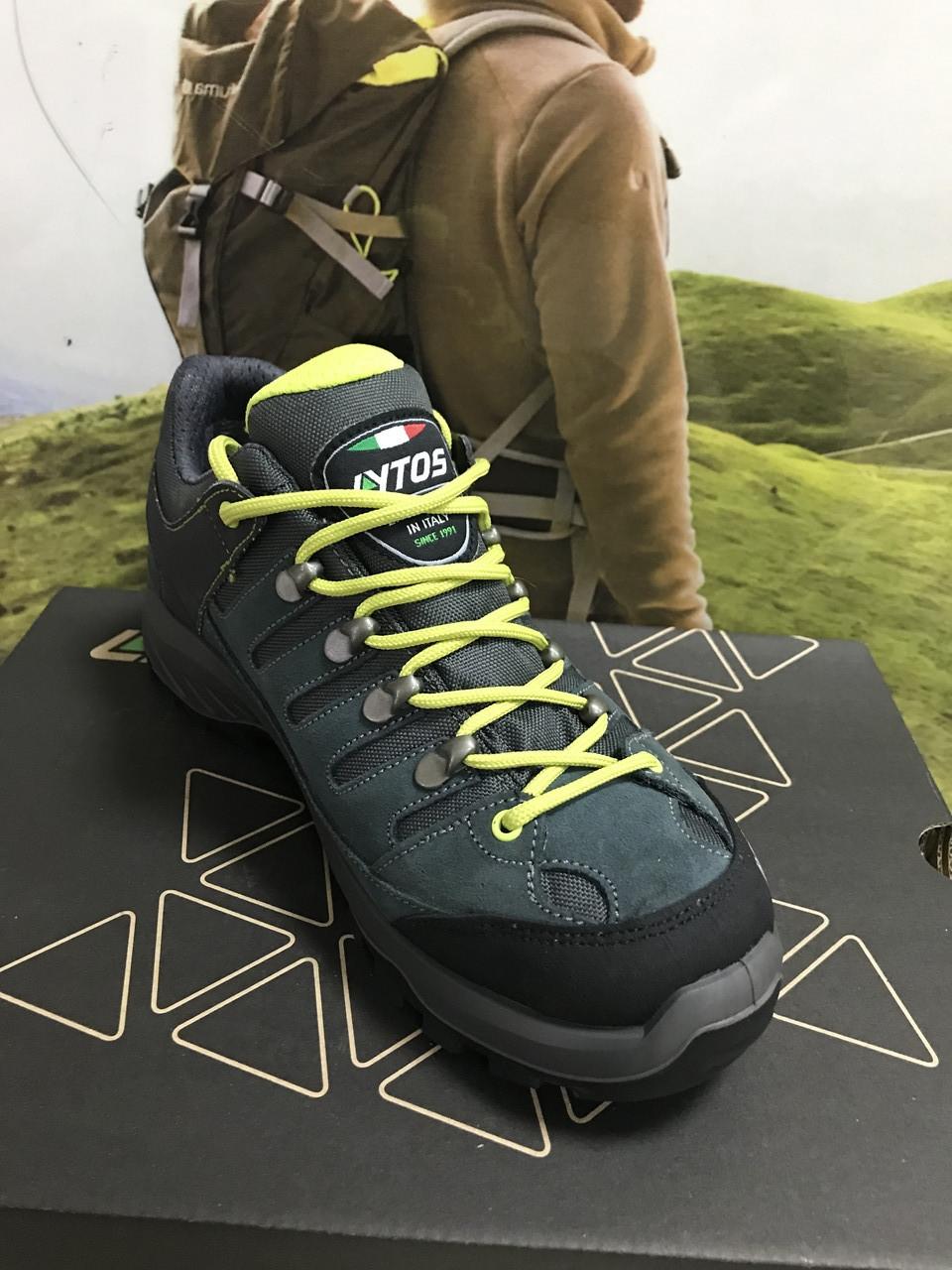 Кросівки унісекс замшеві сірого кольору від італійського бренда взуття Lytos.