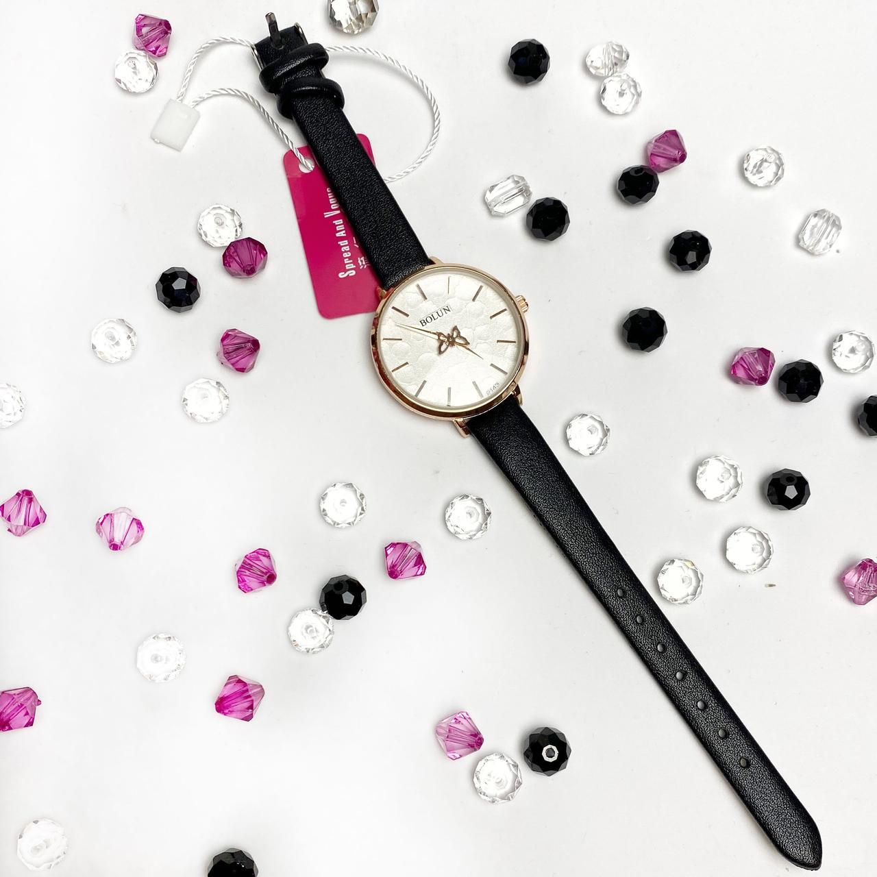 Стильні жіночі годинники Bolun,чорні