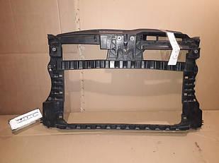 №16 Б/у панель передняя  5K0805594F для  Volkswagen Golf VI  2008-2013