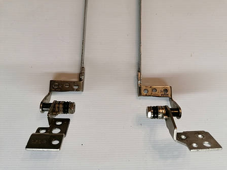 Б/У петли матрицы для ноутбука eMachines E442 E443 E529 E642 E644 (AM0C9000300 /AM0C9000400), фото 2