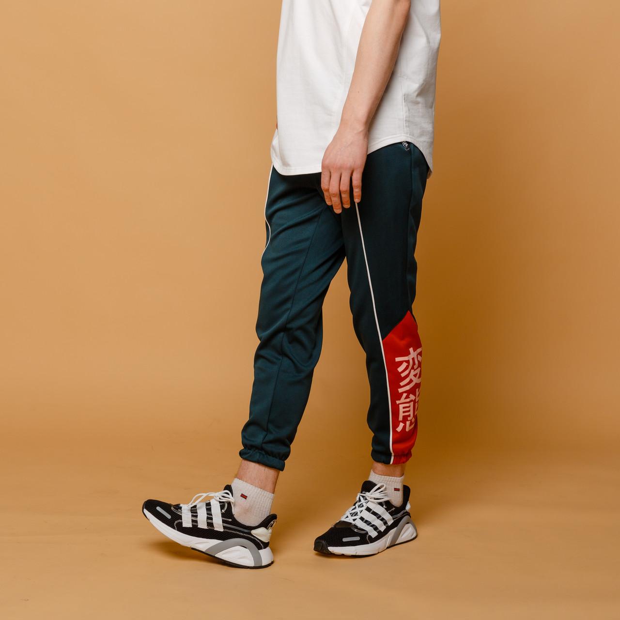 Спортивные штаны мужские темно-зеленые с принтом Иероглиф от бренда ТУР модель Крид (Creed) размер XS,S,M,L,XL