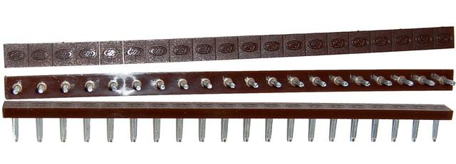Полоска П/У «SIA» со штырьками на 10 пар 275*15 т.6,6 мм. коричн. (Латвия)