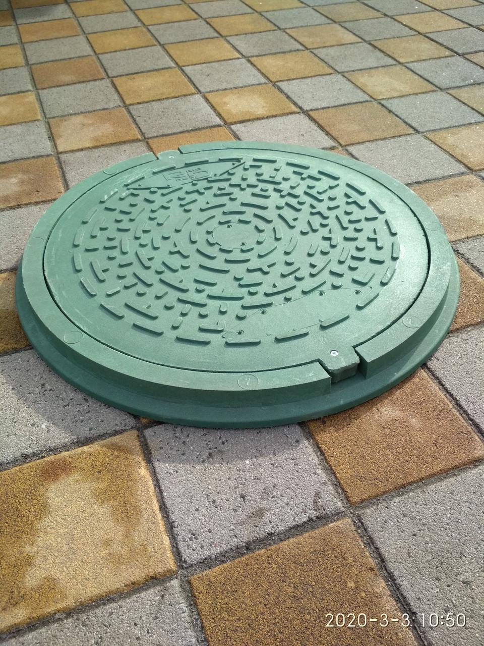Канализационный люк полимерпесчаный садовый зеленый с замком