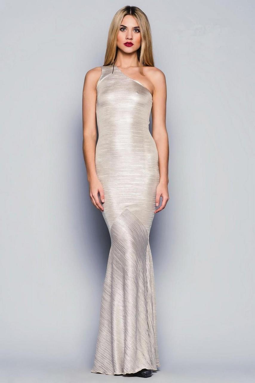 Длинное блестящее платье на одно плечо