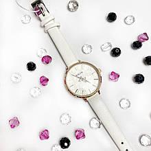 Стильні жіночі годинники Bolun,білі