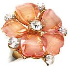 Кольцо Женское Коктейльное Цветок, под Золото с Розовыми Акриловыми Вставками и Стразами. Безразмерное, фото 3