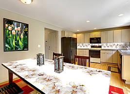 Виниловая наклейка на стол Цветение вишни (интерьерные наклейки на столы мебель белый фон цветы сакура), 600*1200 мм