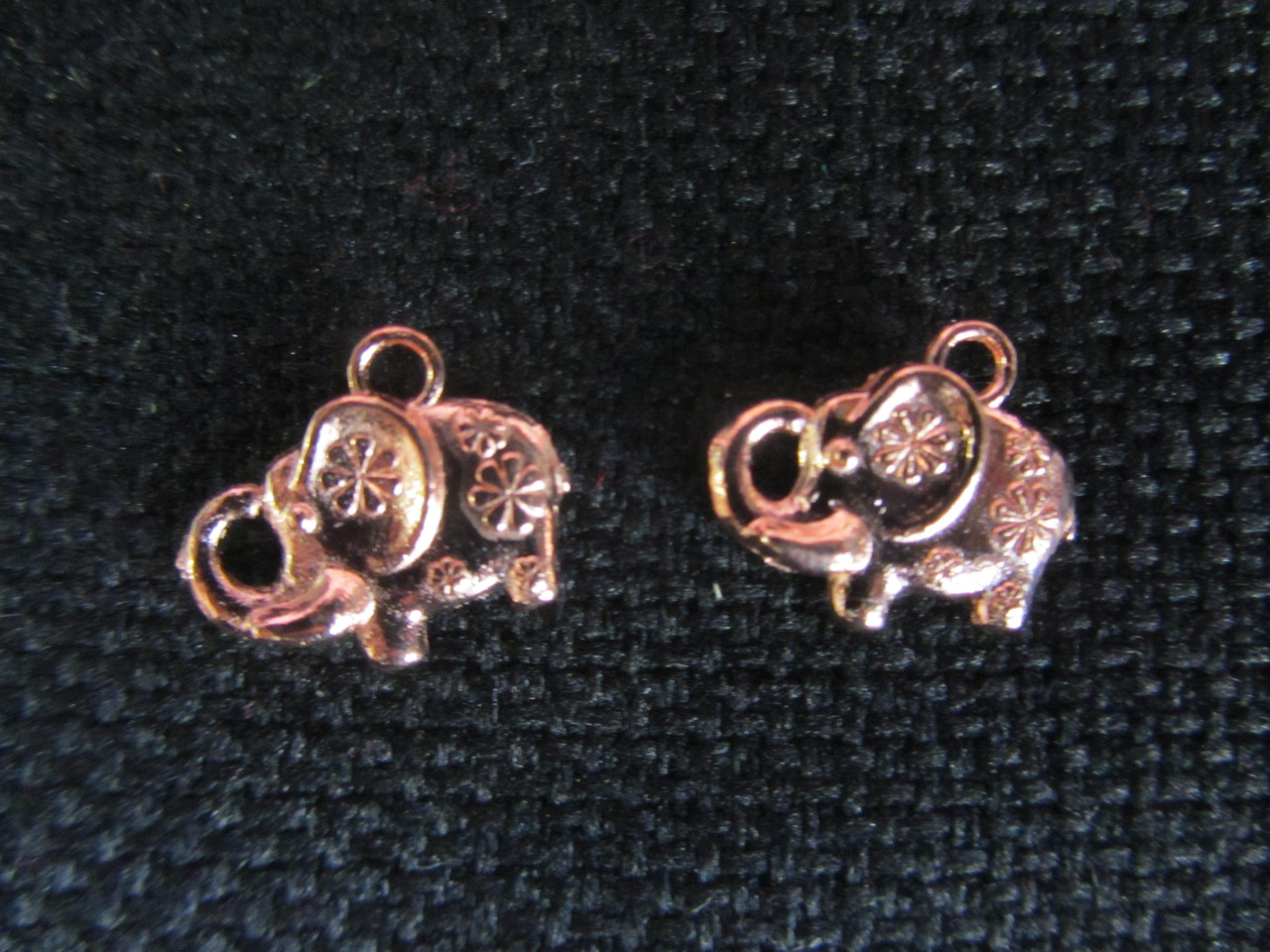 Медный слоник (фурнитура), 11х13мм, 6\4 (цена за 1 шт. +2 грн.)