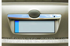 Накладка над номером на крышку багажника TOYOTA CAMRY V40