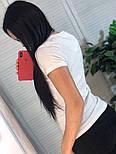 Жіноча стильна чорна і біла футболка з камінням і малюнком дівчинка з сумкою, брендовий люкс копія, фото 4